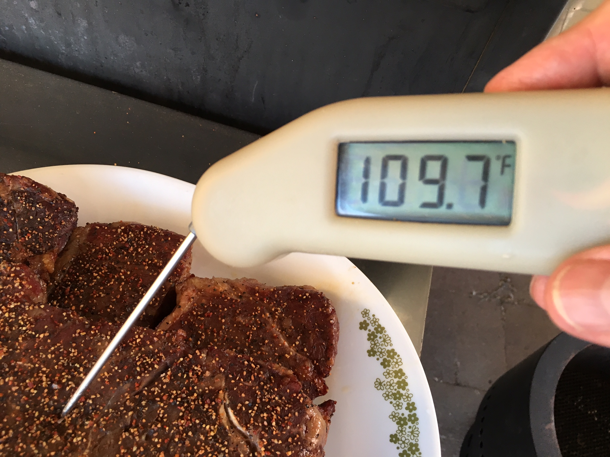 temp after tenting and ready for the sear.JPG